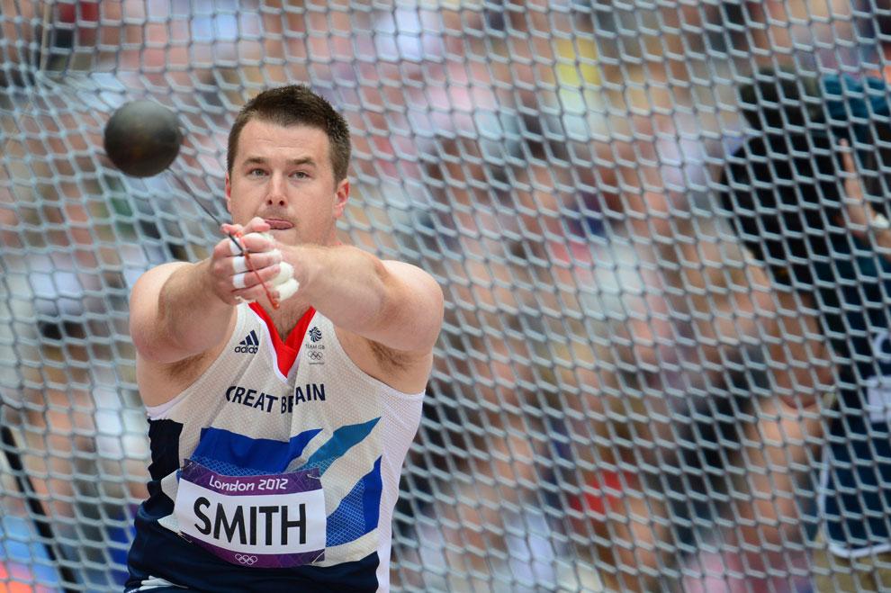 метание молота в отборочном туре на олимпиаде в Лондоне, фото