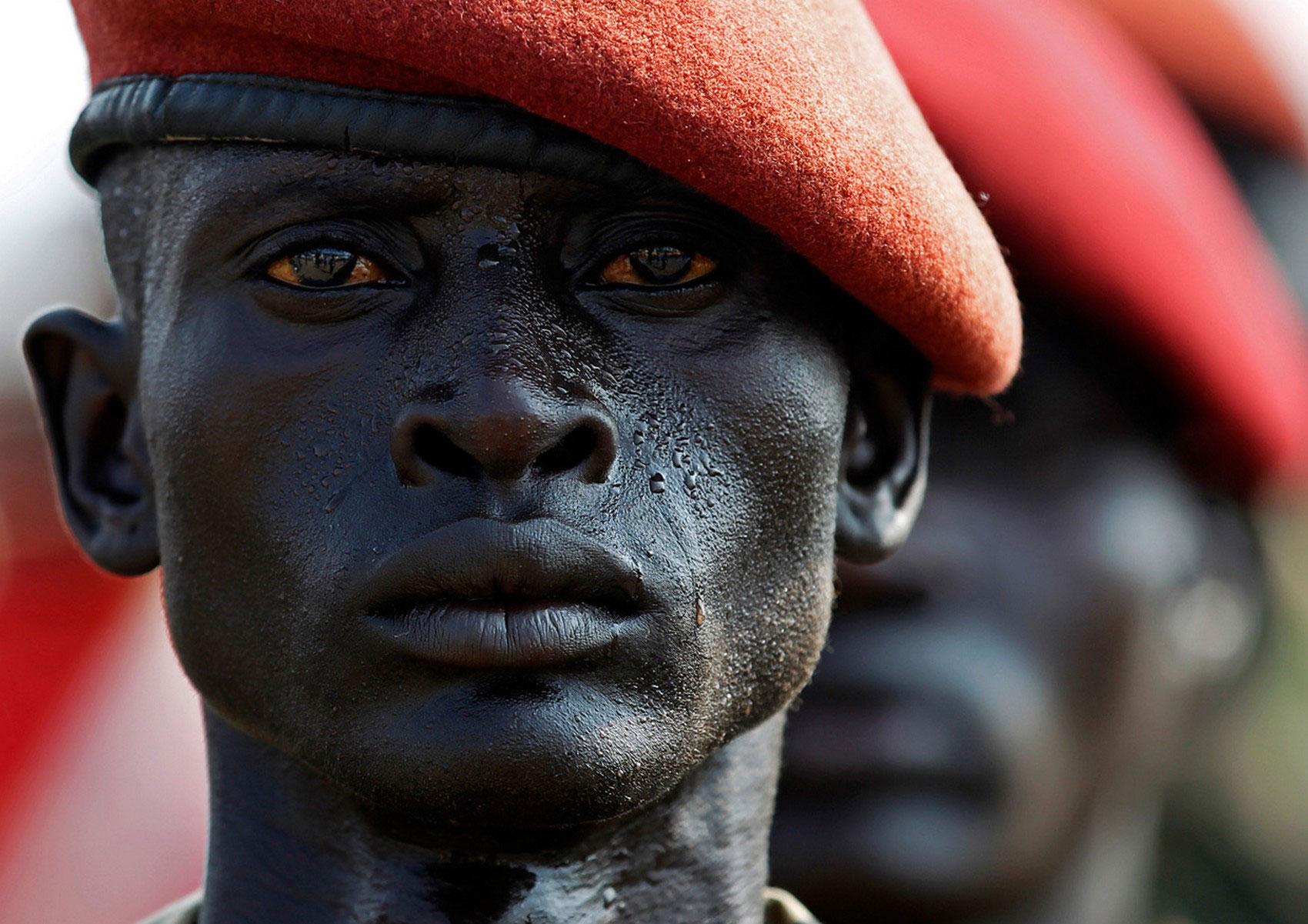 Солдаты народно-освободительной армии Судана