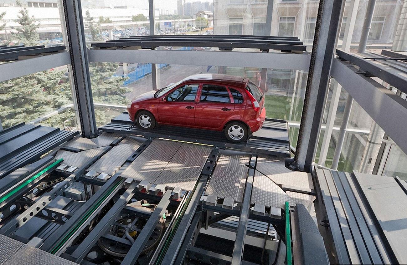 машина устанавливается в гараж