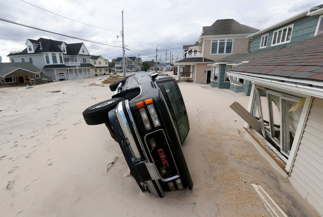 песок принесенный ураганом, фото