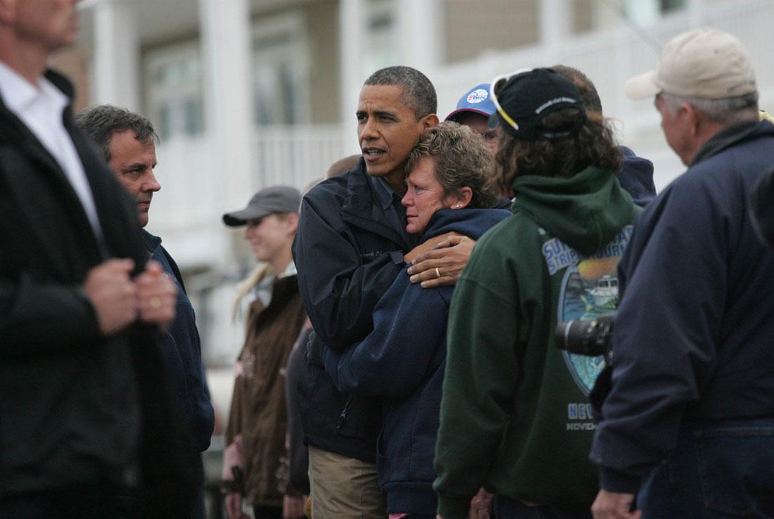 поездка президента Барака Обамы по разрушенным районам, фото