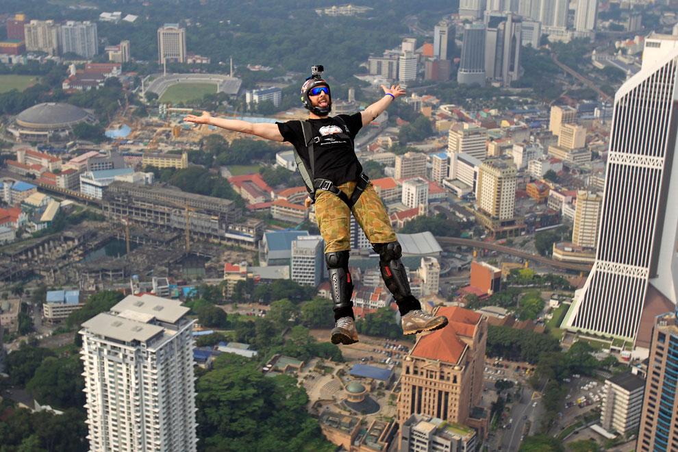 прыжок с башни