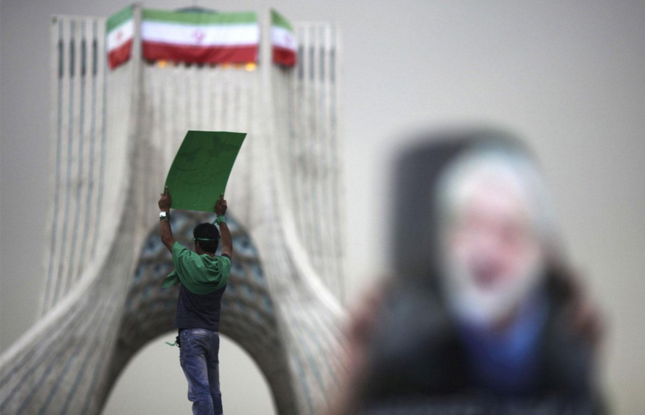 Голосующий за бывшего премьер-министра Ирана, фото