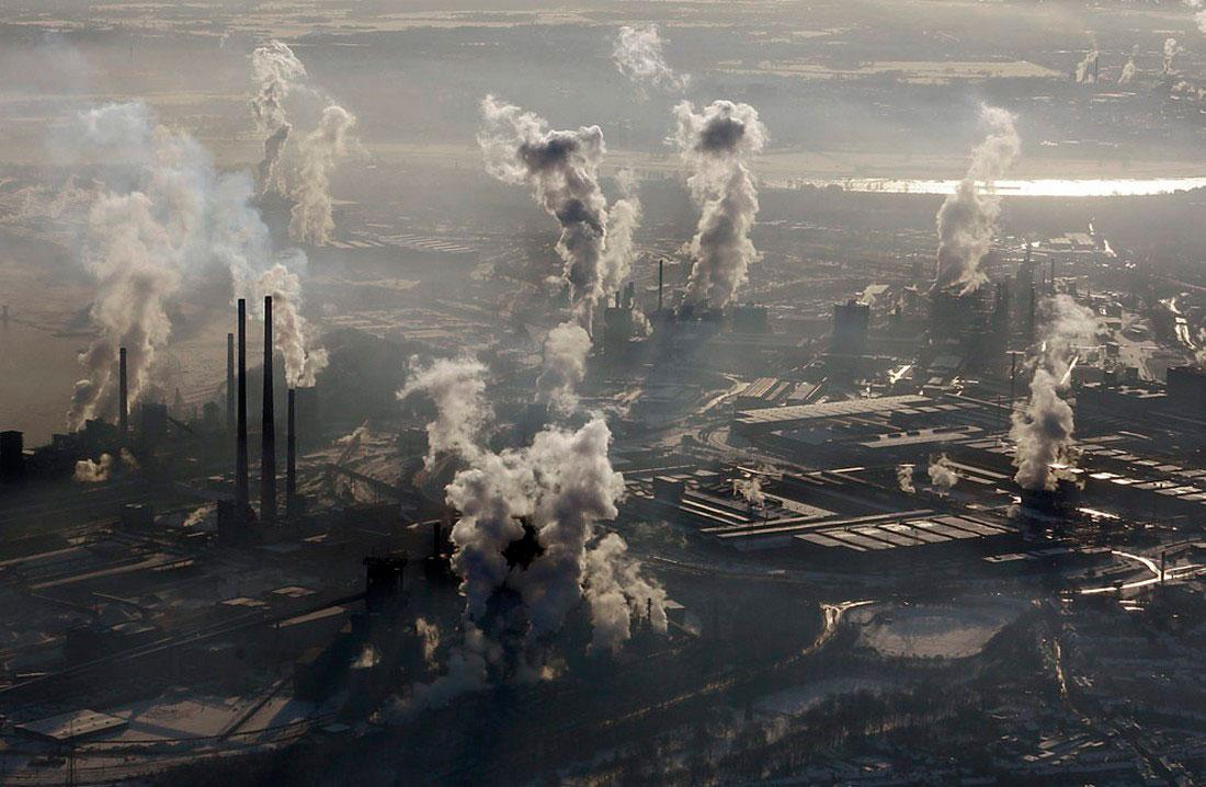 сталелитейный завод в Дуйсбурге, фото