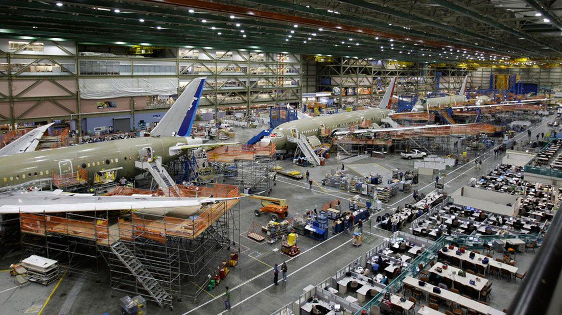 Боинги 787 на заводе в г. Эверетт, фото