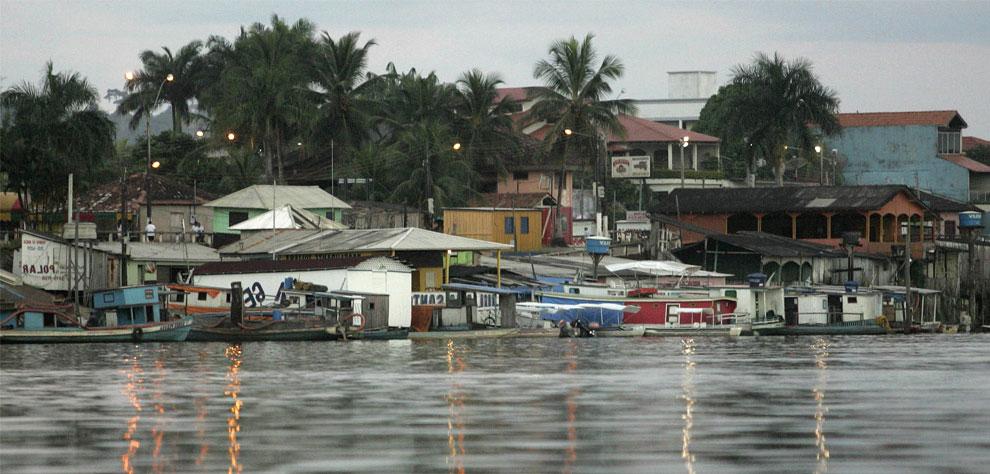 берег реки Шингу в Альтамире, Бразилия