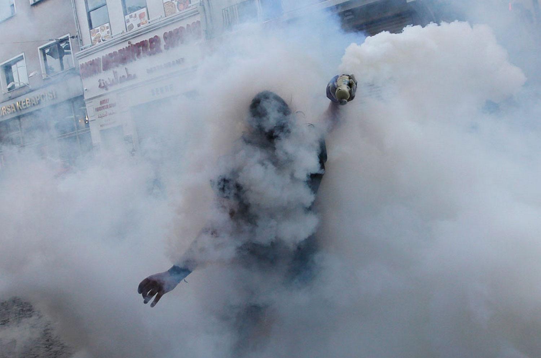 человек в дыму