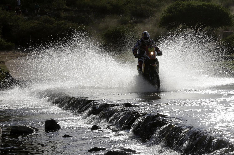 Португалец Рубен Фариа на своем KTM, фото ралли