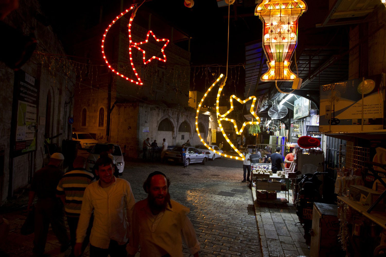 евреи на улицах Иерусалима