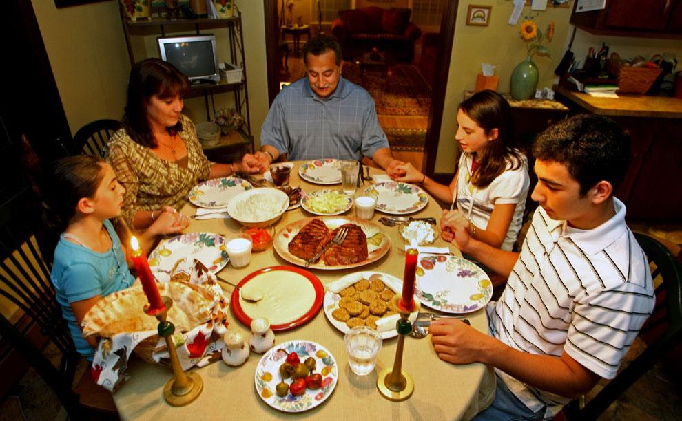 Семья из Массачусетс в Рамадан, фото