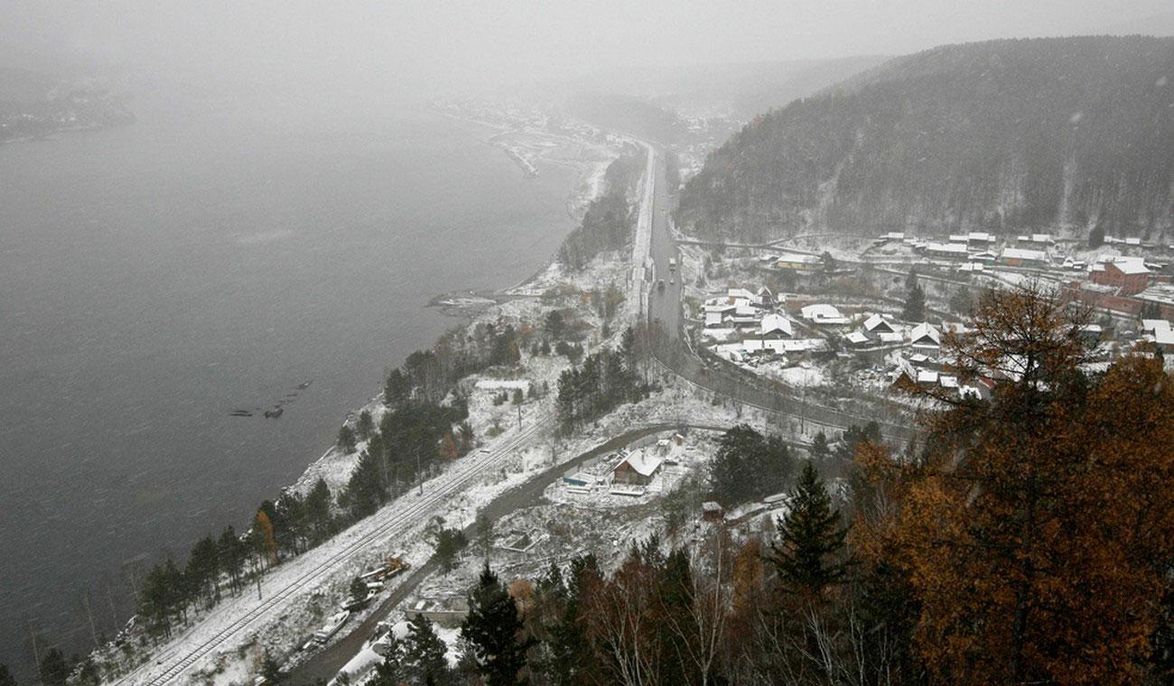 снегопад на реке, фото Енисея