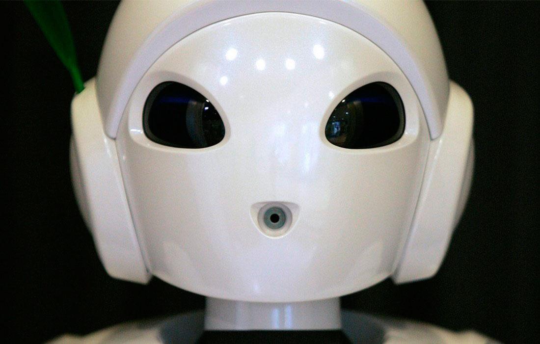 робот в Токио