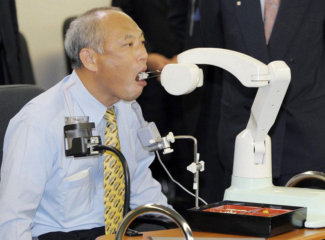 робот в помощь инвалидам, фото