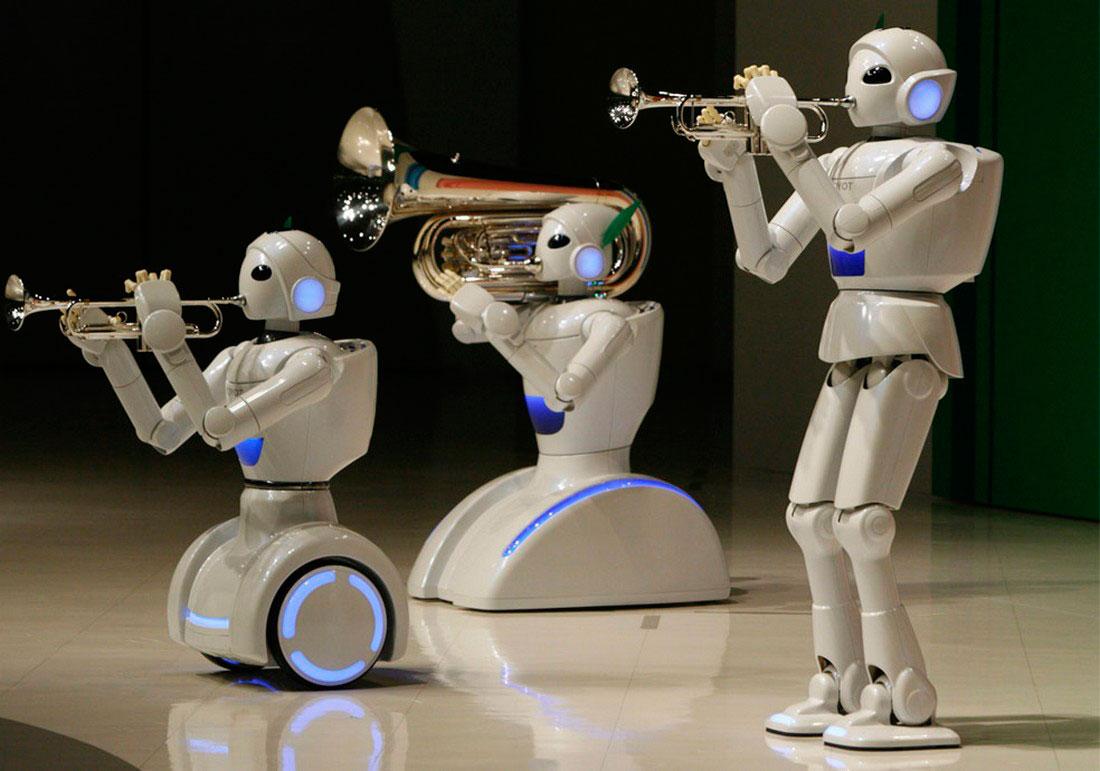 роботы играют на музыкальных инструментах, фото