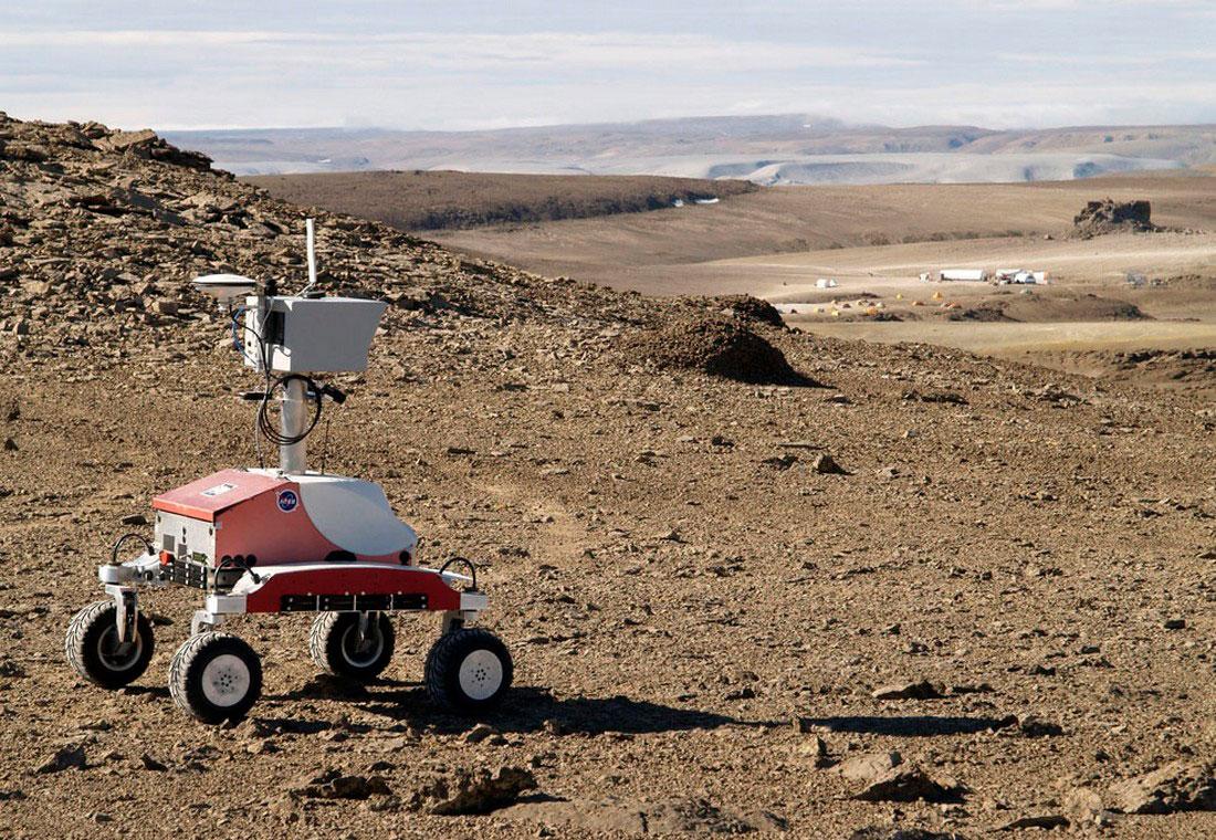 Робот-разведчик K-10, фото