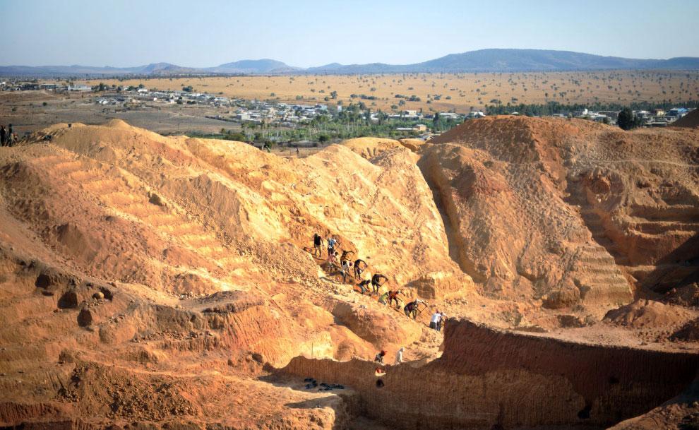 шахтеры на работе, фото