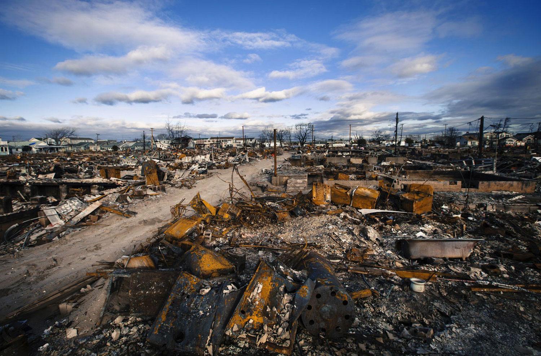 разрушенные ураганом Sandy дома в Куинсе, фото