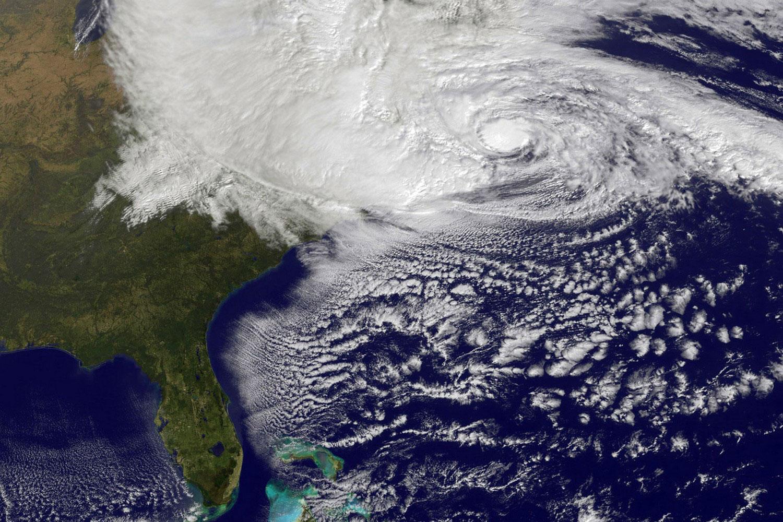 Sandy, зафиксированный со спутника
