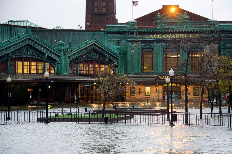 Наводнение в городе Хобокен, фото Сэнди