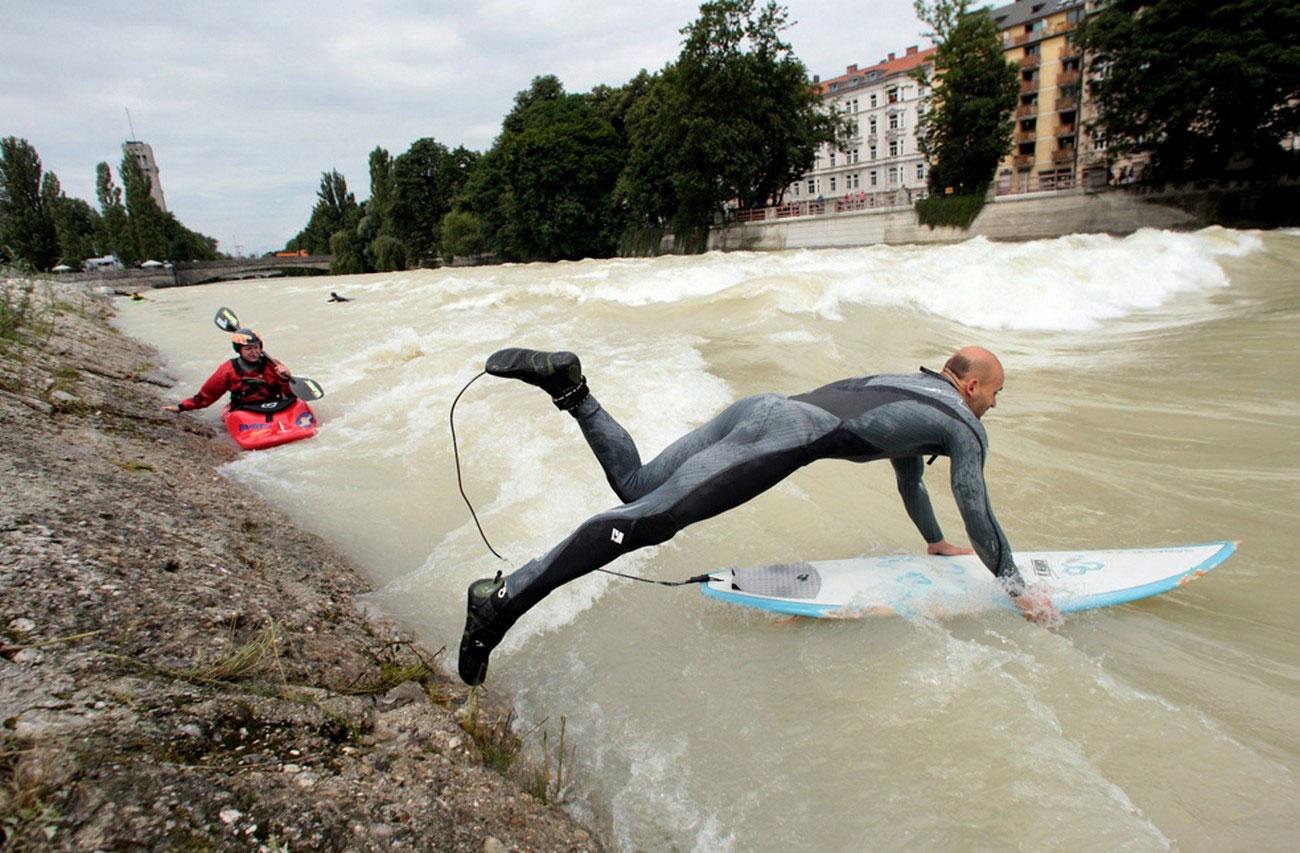Любитель серфинга, фото