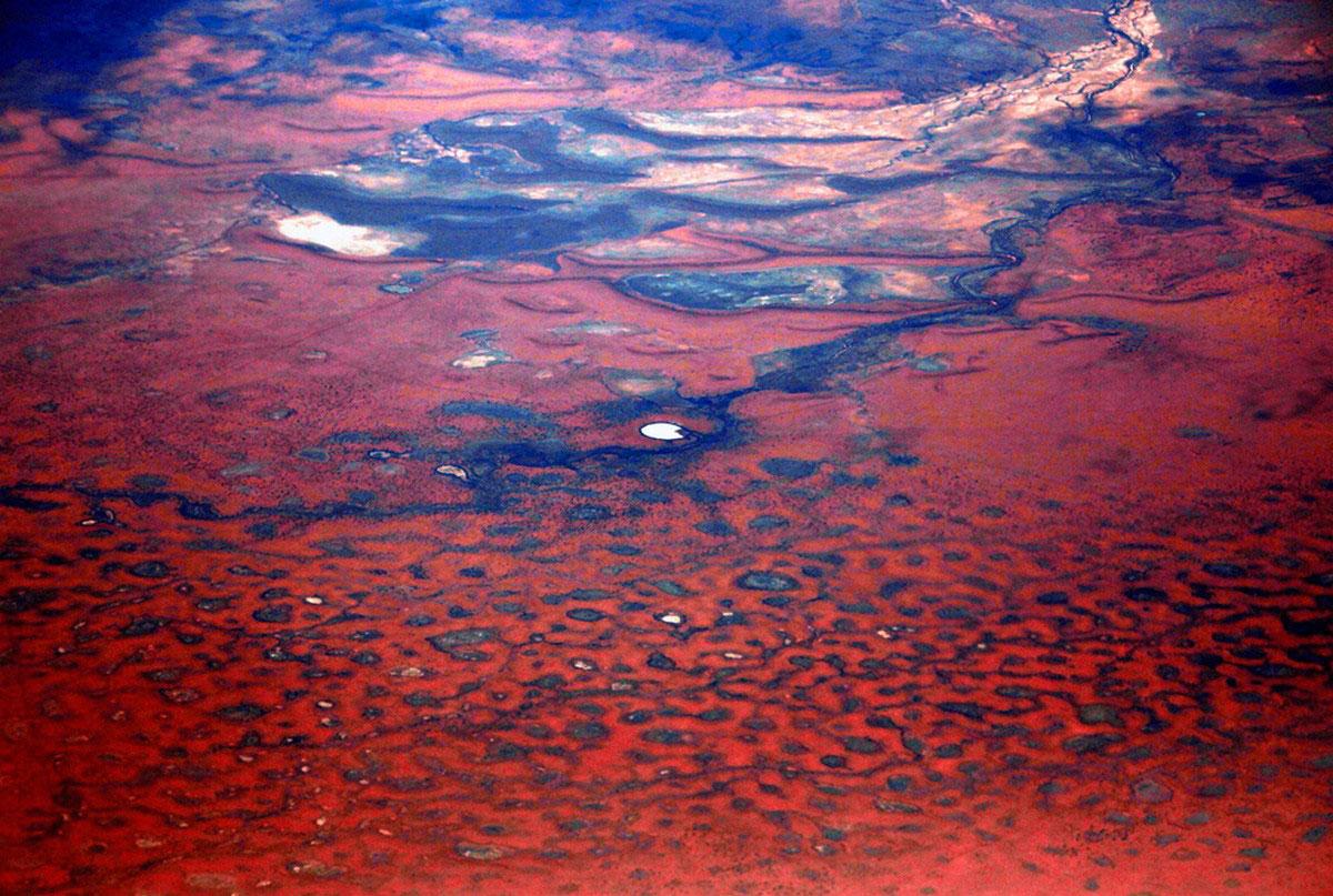 озеро в пустыне Австралии