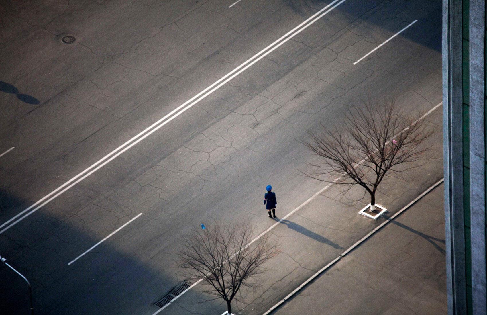 Северокорейский офицер дорожной полиции