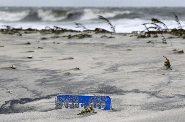 Пески на побережье после урагана Sandy, фото