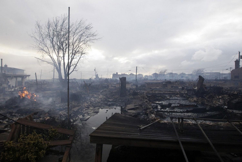 сгоревшие дома после шторма Sandy, фото
