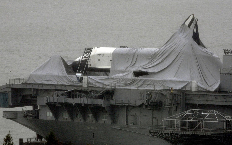 корабли на реке после Sandy, фото
