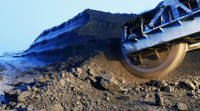 Работы на открытой угольной шахте