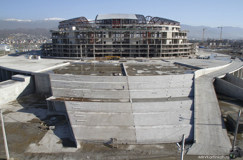 Строительство ледового купола
