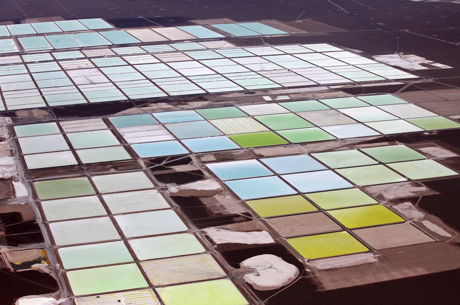 соляные бассейны и литиевые шахты