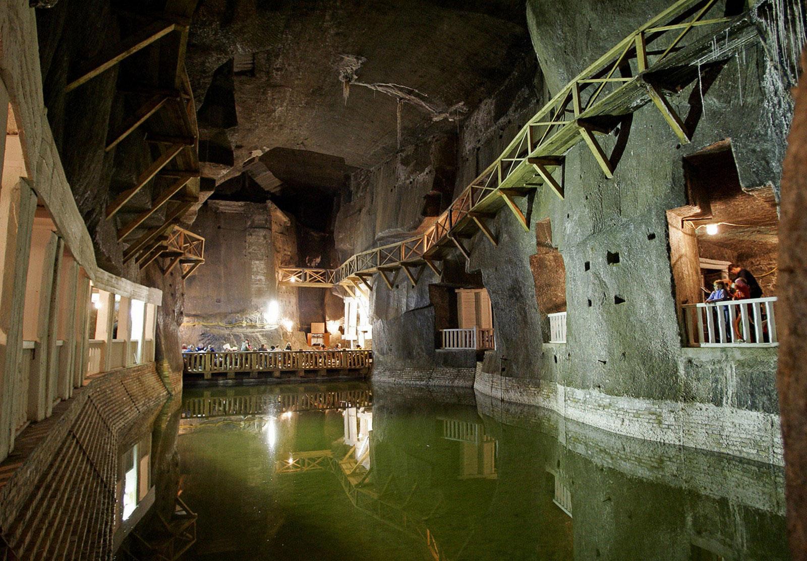 Подземное озеро Вессель