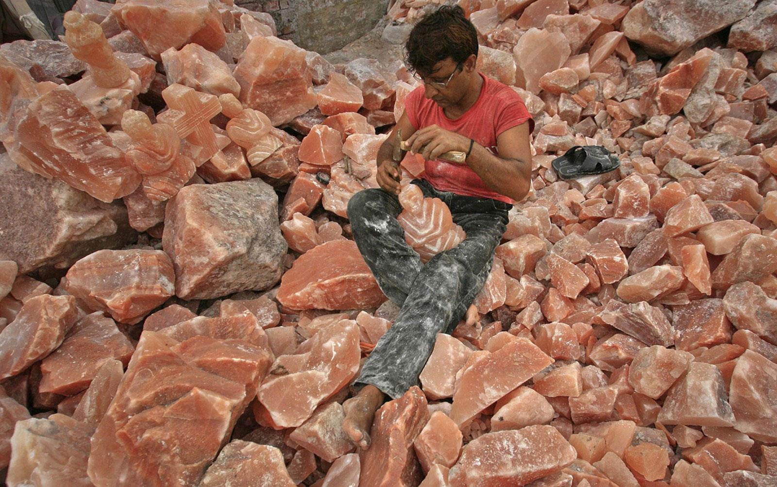 скульптура из каменной соли