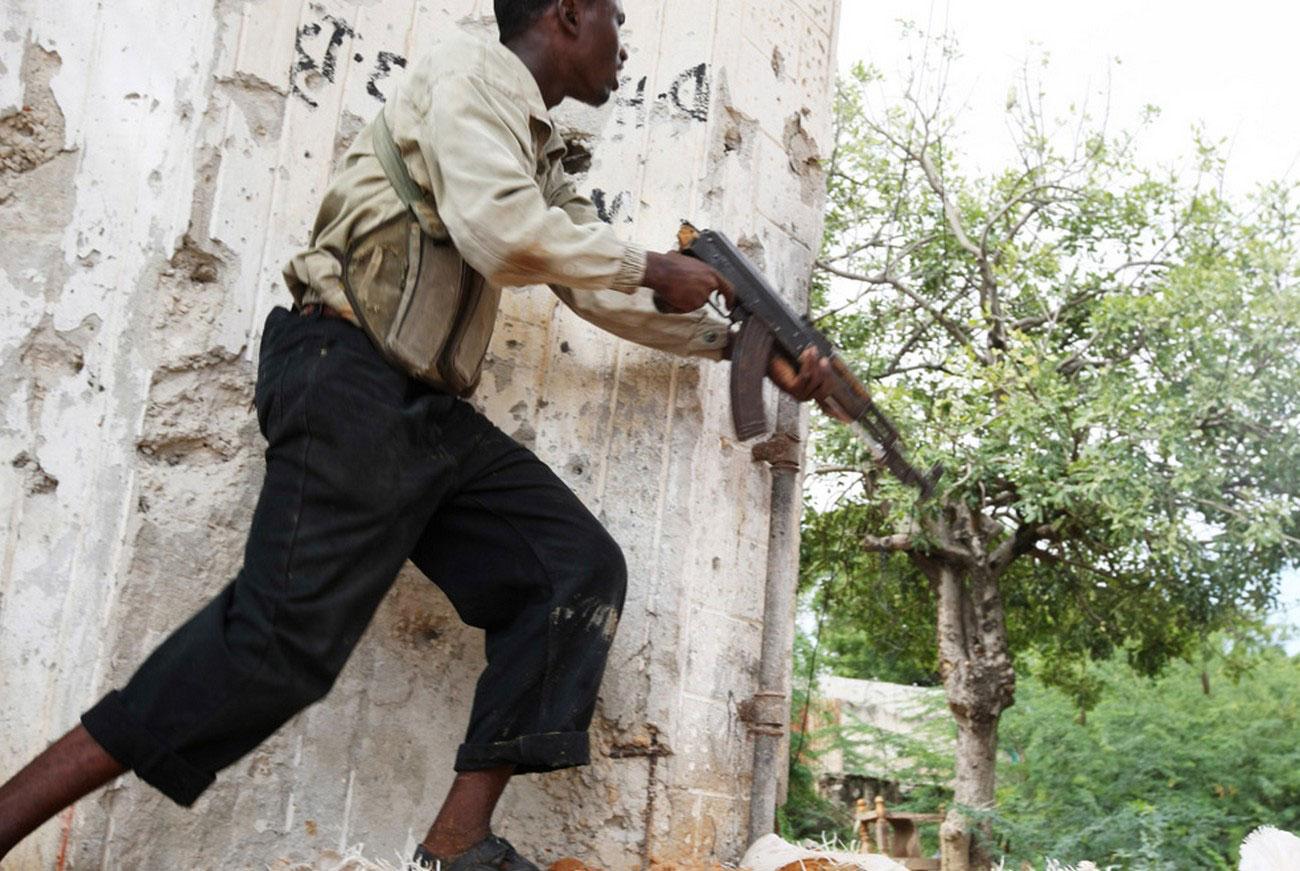 столкновения с правительственными войсками в Могадишо