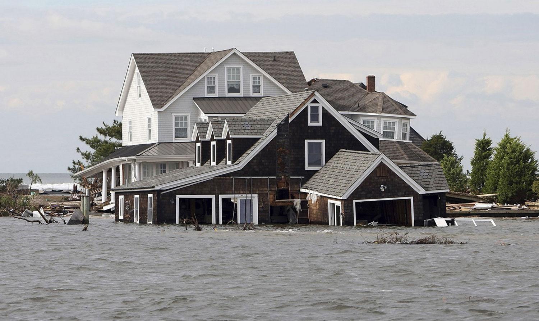Дома, пострадавшие от стихии Сенди