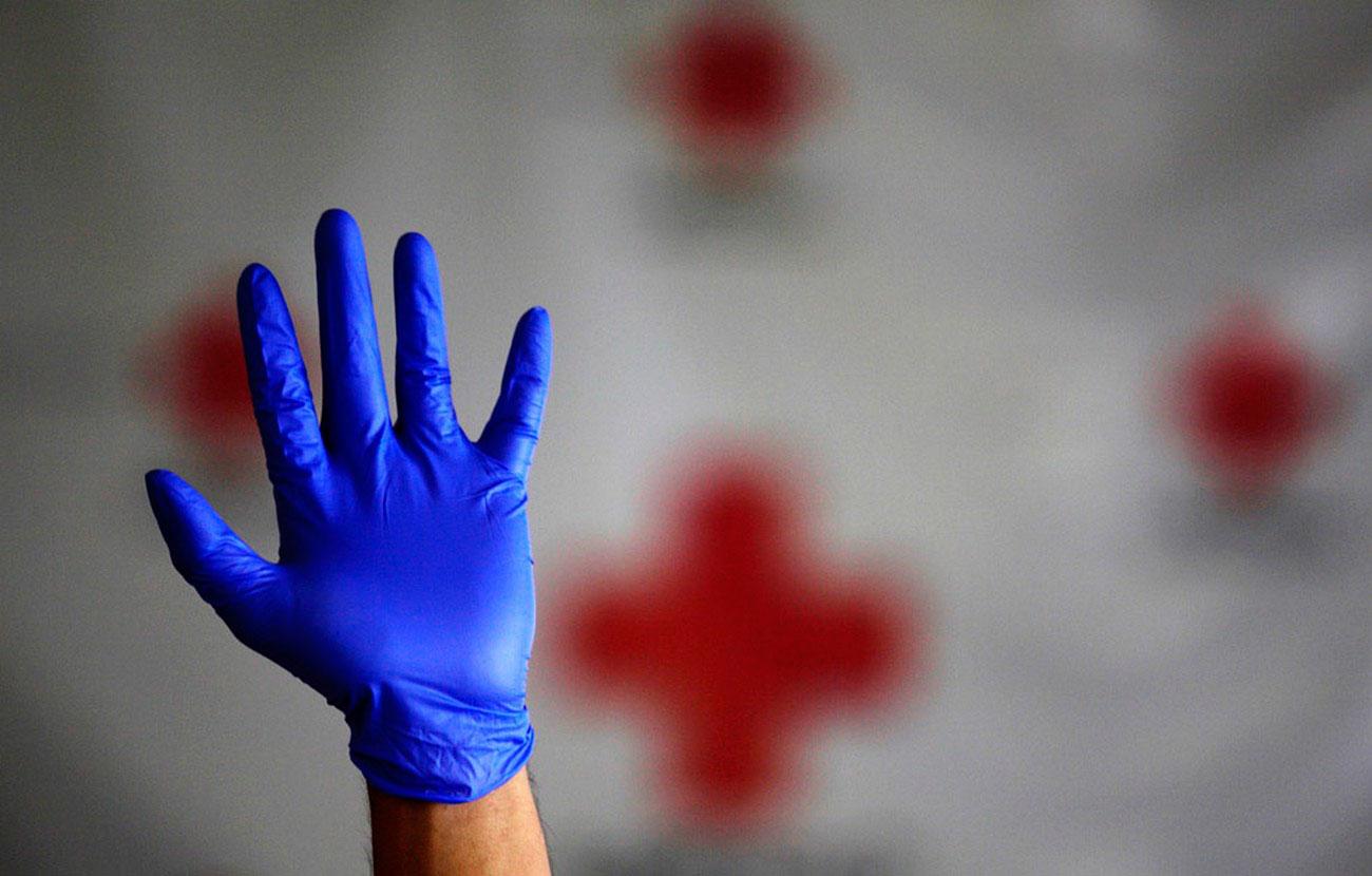 защитные перчатки, фото