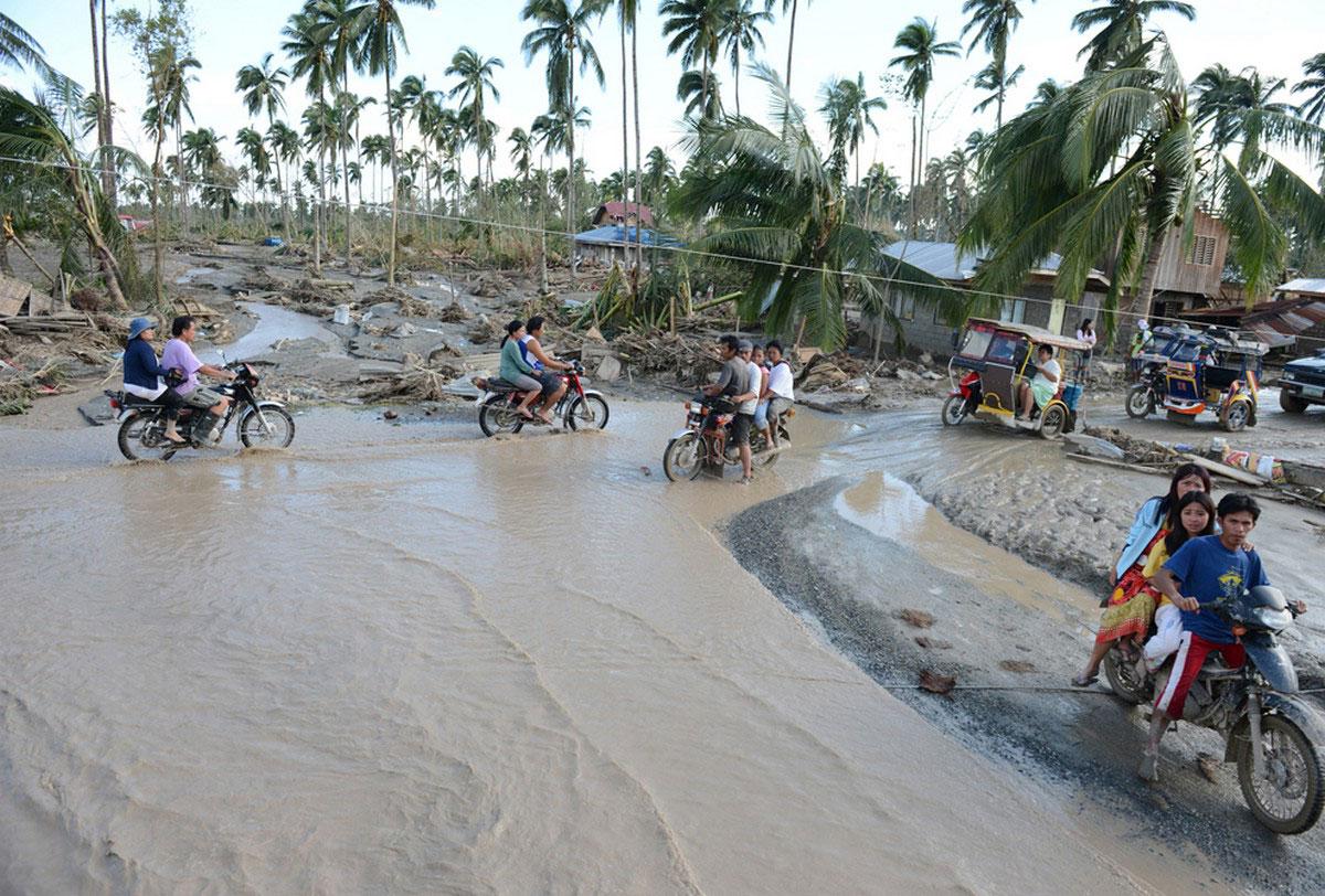 затопленный поселок на Филиппинах