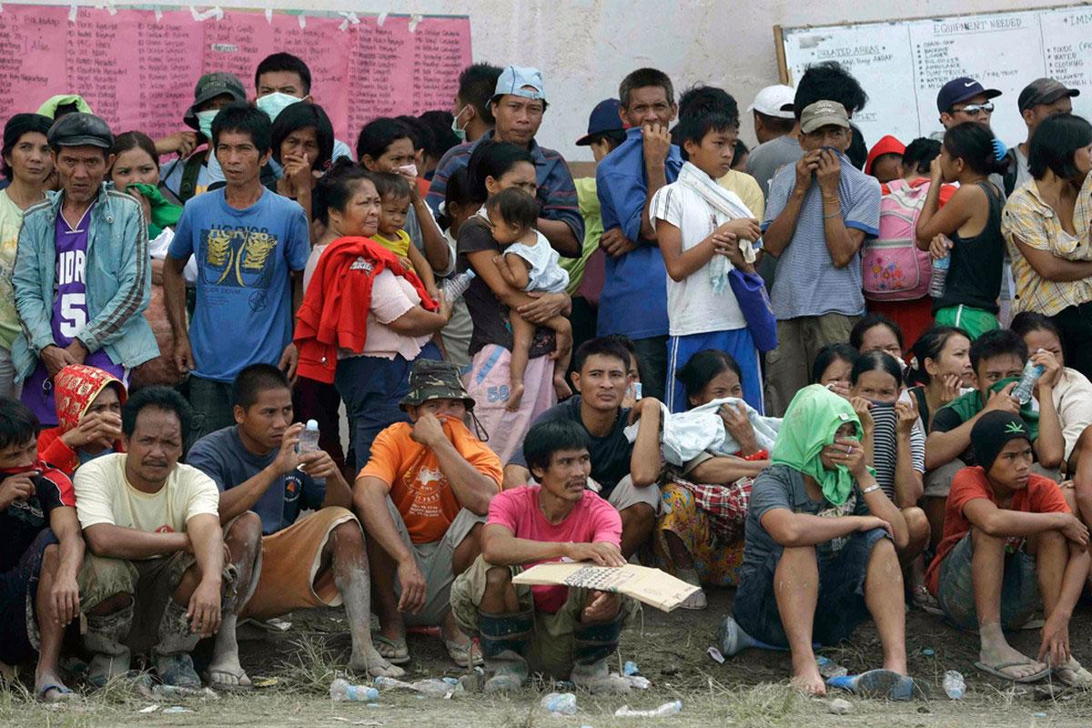 в ожидании гуманитарной помощи