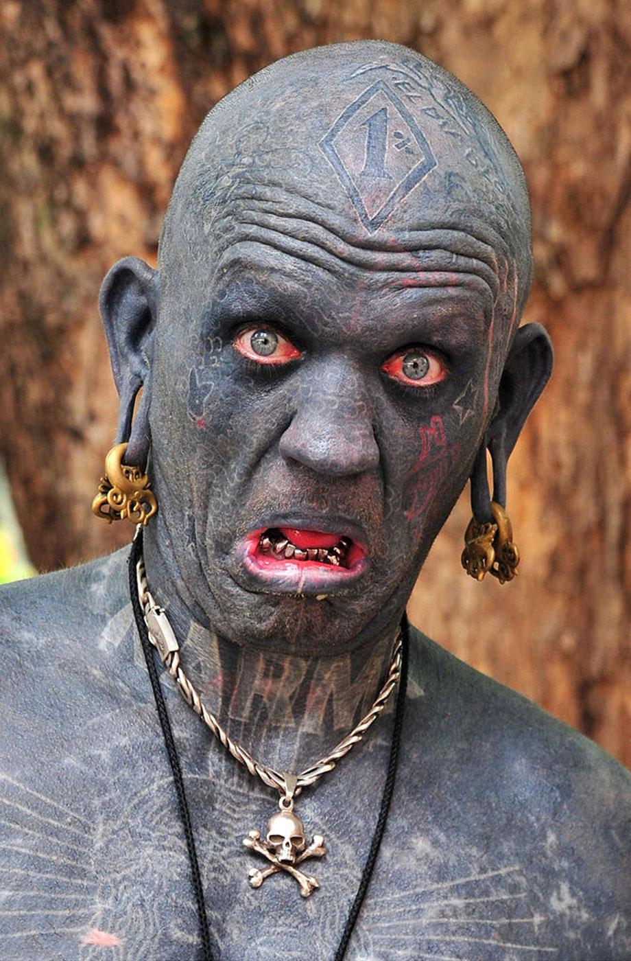 самый татуированный человек в мире, фото