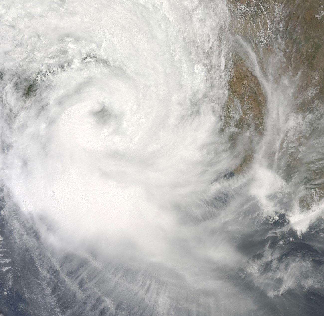 циклон Айла