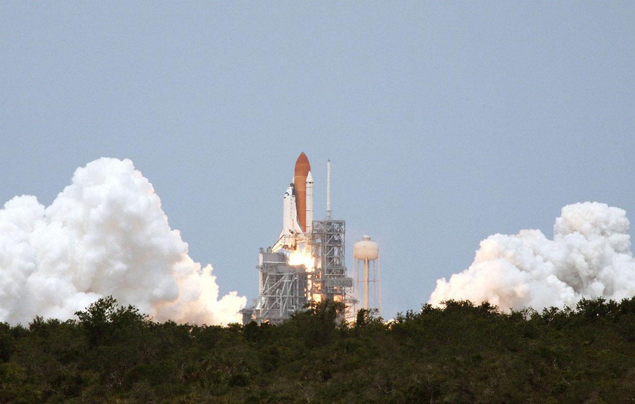 отправка экипажа на околоземную орбиту