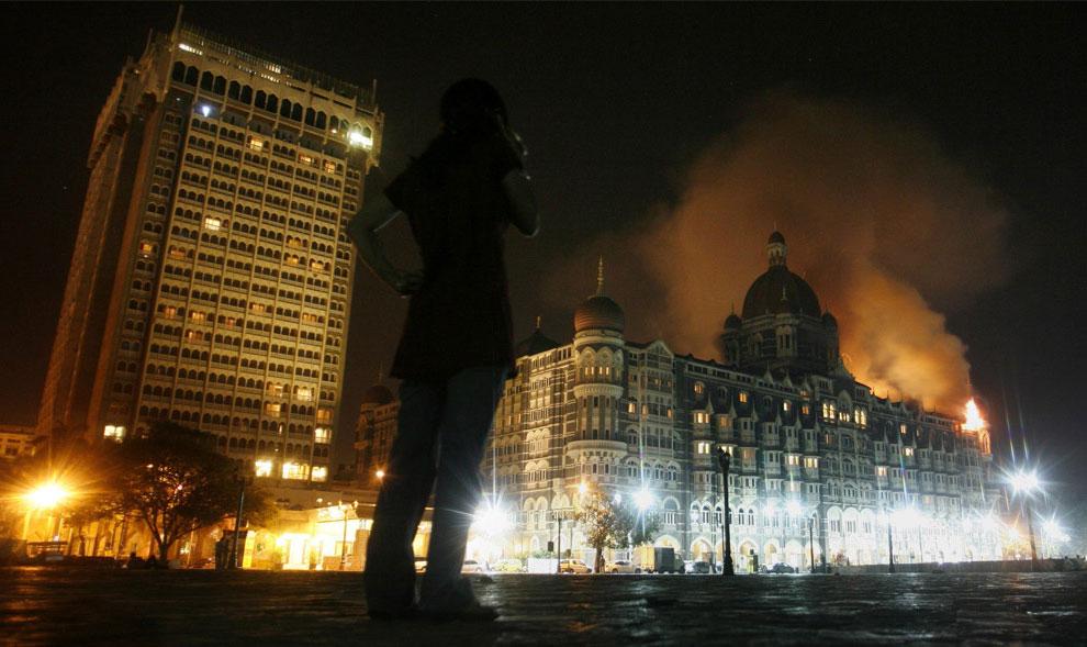 пожар отеля в Мумбаи, фото