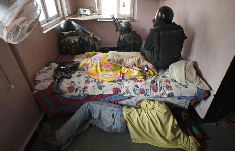 теракт в Мумбаи в микрорайоне Колаба, Индия, фото