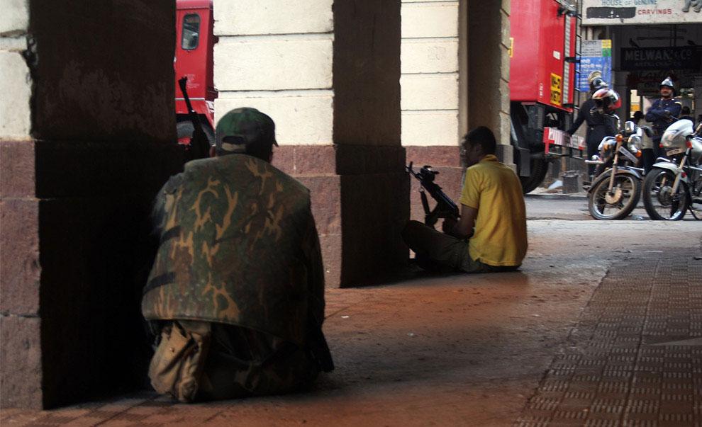 захват отеля террористами, Индия, фото