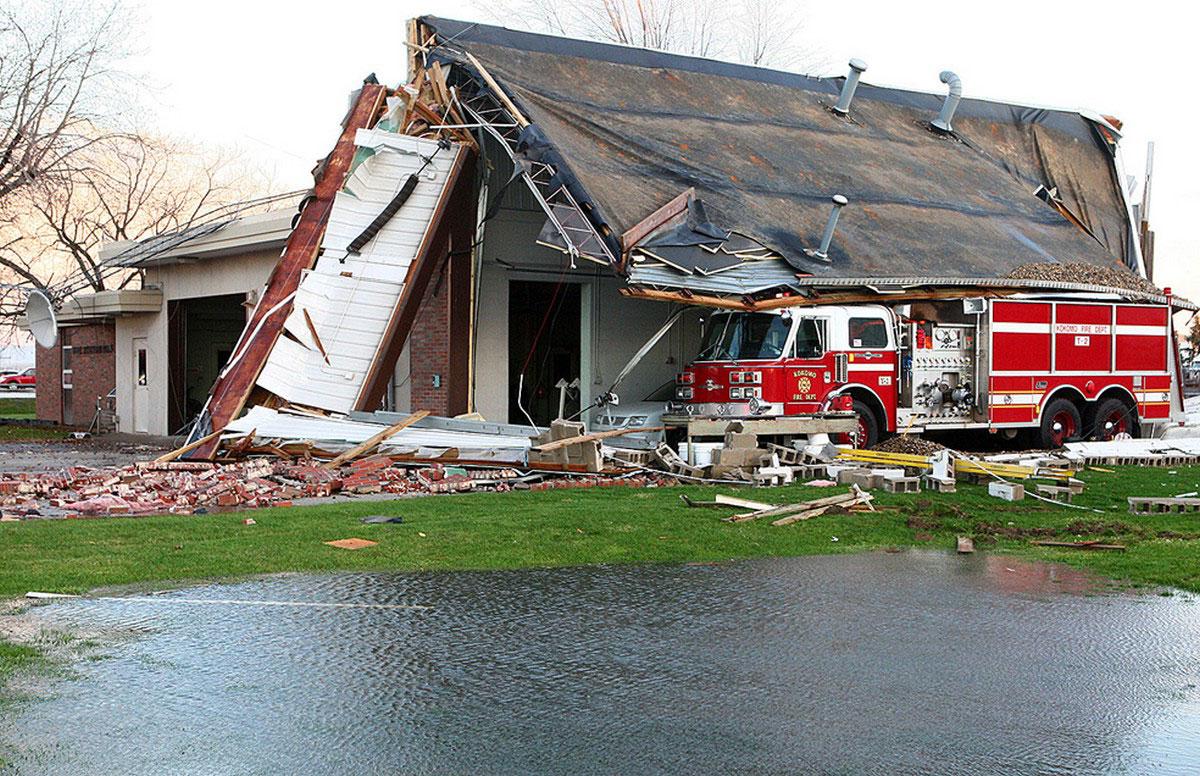 разрушенное пожарное депо