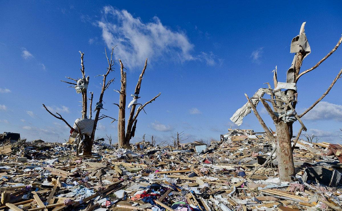 Разрушения от торнадо