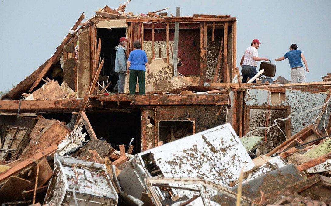 ураган разрушил дом