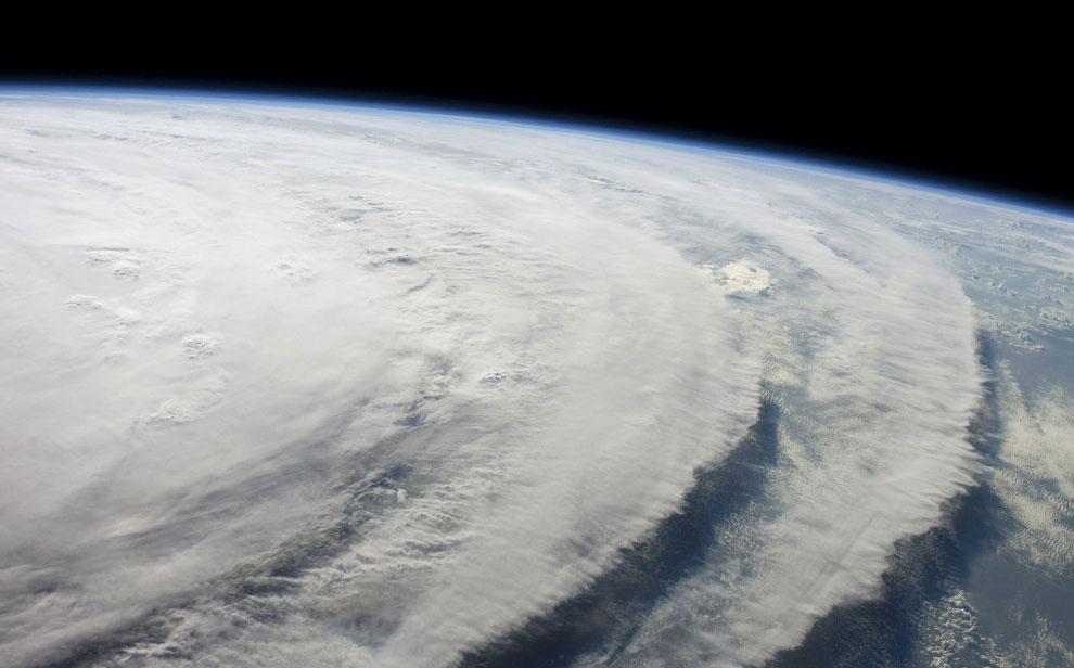 фото урагана Айк из космоса