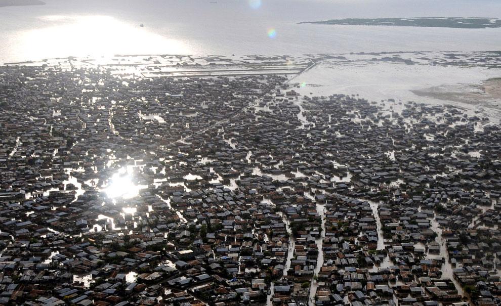 затопление на остовах Гаити, фото